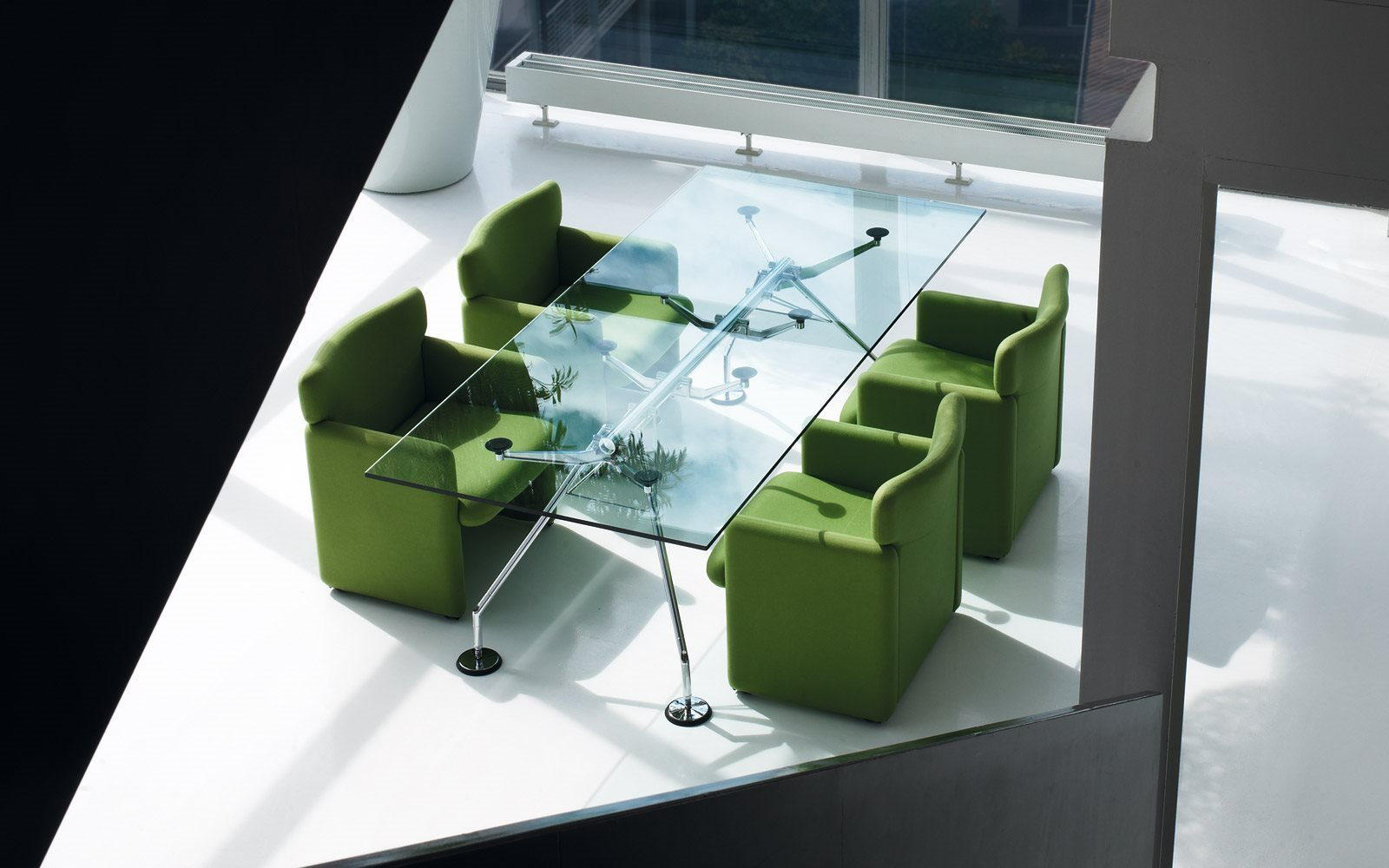 nomos table. Black Bedroom Furniture Sets. Home Design Ideas