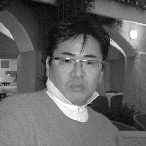tecno_designer_Shigeru-Iwakiri